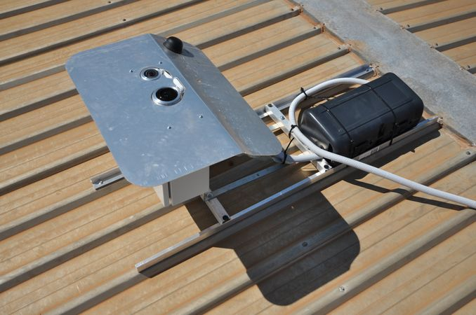 Top down view of roof mount.jpg